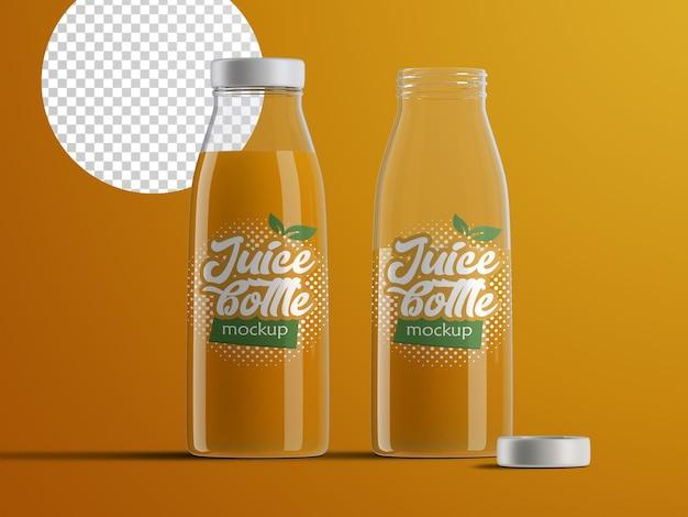 Realistyczna makieta na białym tle otwartych i zamkniętych plastikowych butelek z sokami owocowymi