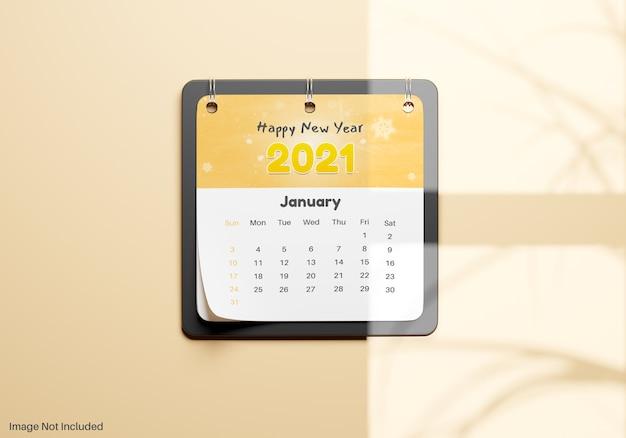 Realistyczna notatka kalendarza wisząca na makiecie ściany