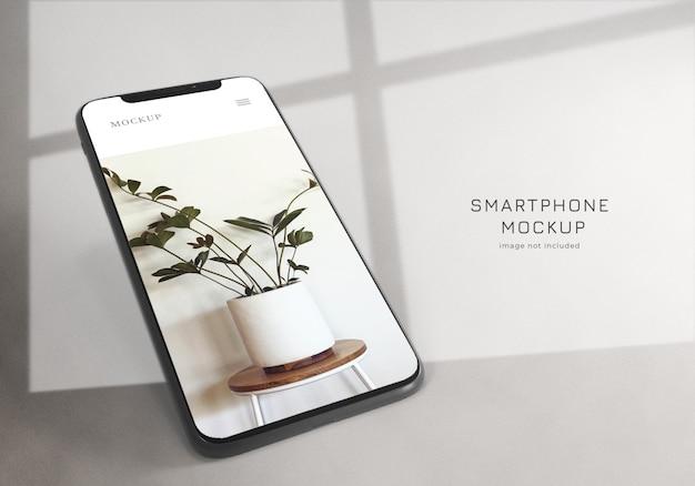Realistyczne minimalistyczne wzornictwo makiety smartfona