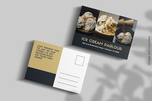 Realistyczny projekt makiety pocztówki z nakładką cienia