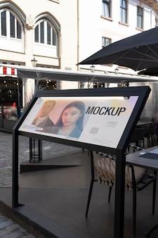 Reklama uliczna na zewnątrz