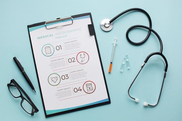 Schowek z stetoskopem przy biurem