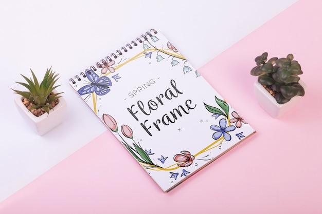 Skrypt dłużny szablon na wiosnę z kwiatami