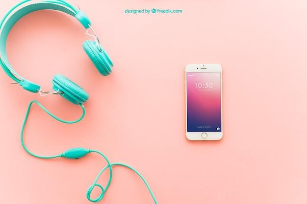 Słuchawki i smartphone