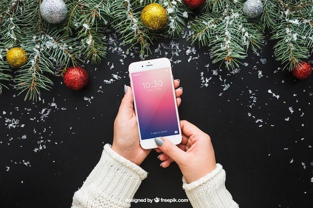 Smartphone ekran makieta z boże narodzenie projekt