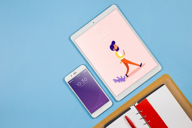 Smartphone makieta z elementami pakietu office