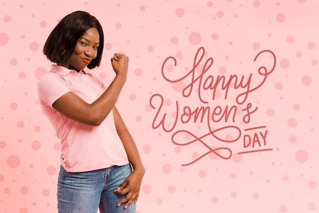 Średnio strzał kobieta pozowanie na dzień kobiet
