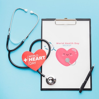 Stetoskop z widokiem z góry na międzynarodowy dzień zdrowia