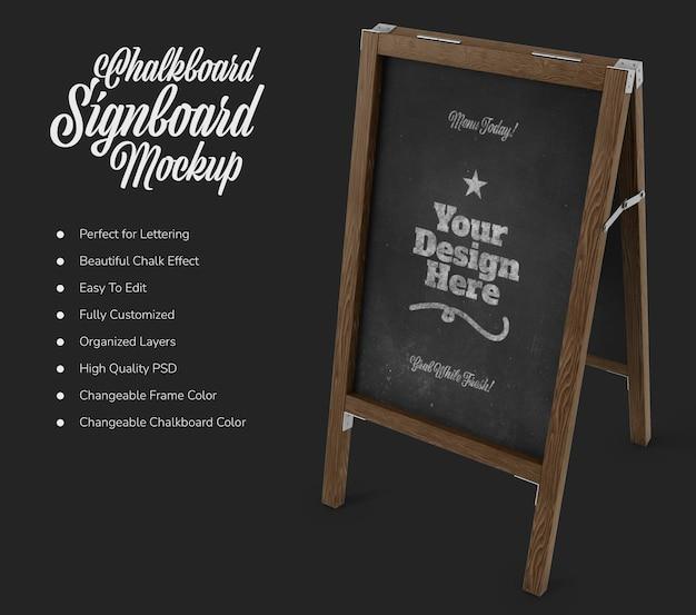 Stojący szyld kawiarni z makietą czarnej tablicy