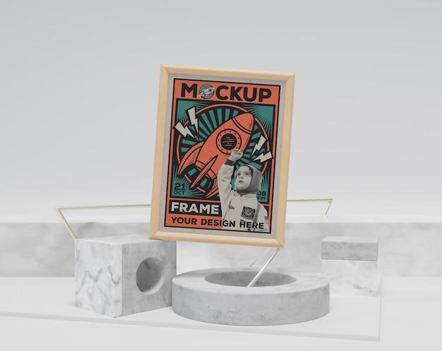 Streszczenie retro rama i makieta przedmiotów