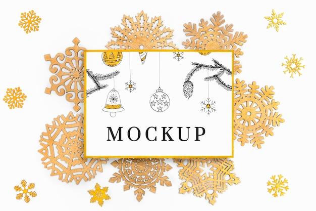 Świąteczna elegancka dekoracja z makietą