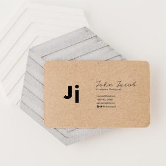 Szablon Makiety Wizytówki Z Papieru Pakowego, Minimalistyczny Styl. Premium Psd