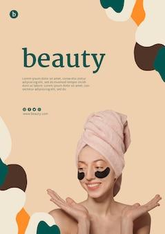 Szablon plakatu piękna z kobietą