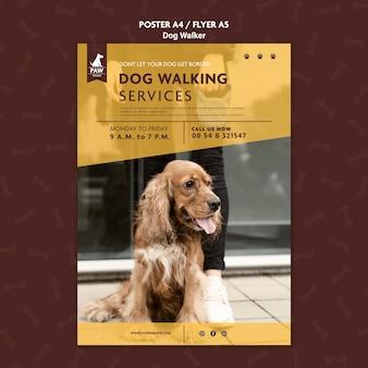 Szablon plakatu wyprowadzającego psa