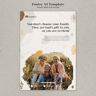 Szablon projektu plakatu rodziny z rodzicami i dziećmi