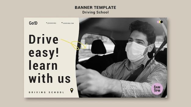Szablon projektu transparentu szkoły jazdy