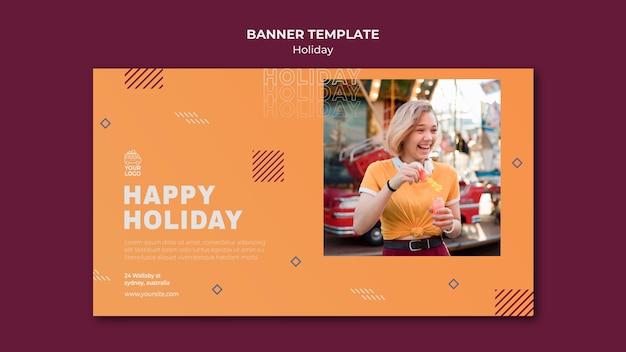 Szablon sieci web transparent szczęśliwy wakacje