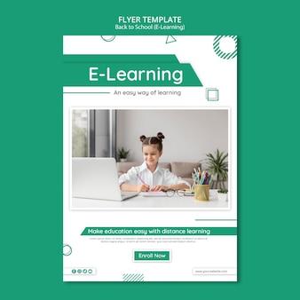 Szablon ulotki kreatywnego e-learningu ze zdjęciem