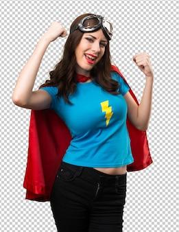 Szczęśliwa ładna superbohaterka