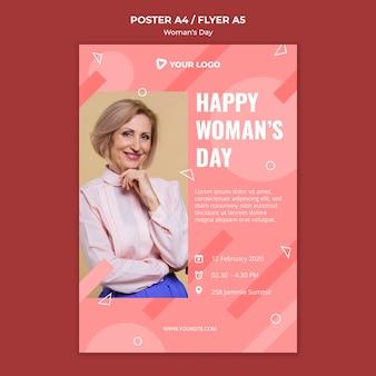Szczęśliwy dzień kobiety plakat szablon z kobietą pozowanie w elegancki strój
