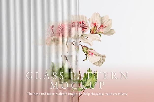 Szklana makieta psd z kwiatem