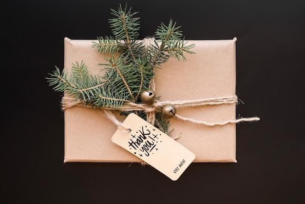 Teraźniejszy pudełkowaty mockup z bożego narodzenia pojęciem