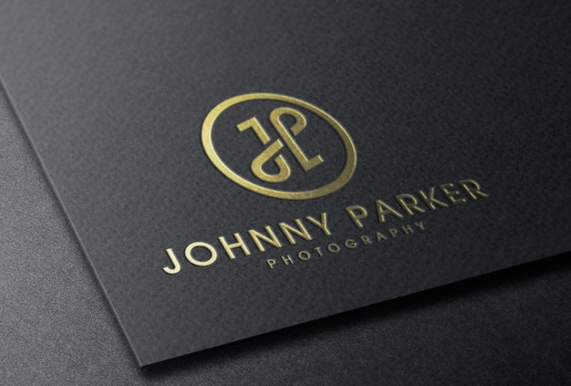 Tłoczona złota folia logo makieta na czarnej karcie