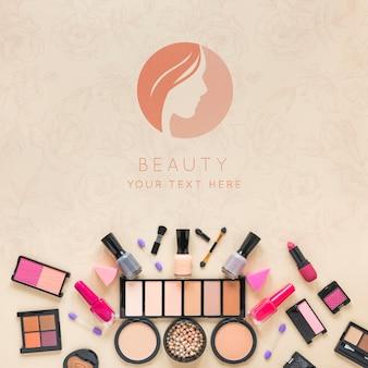 Układ kosmetyków widok z góry