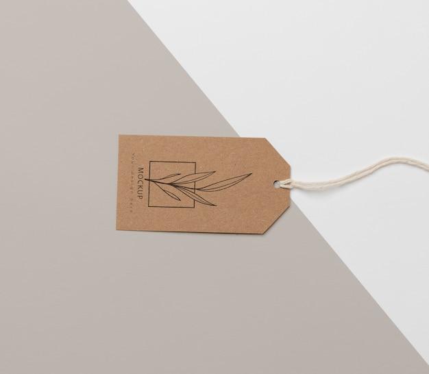 Układ makiety kartonowej przywieszki