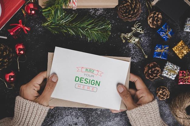 Wesołych świąt bożego narodzenia makieta karty z pozdrowieniami