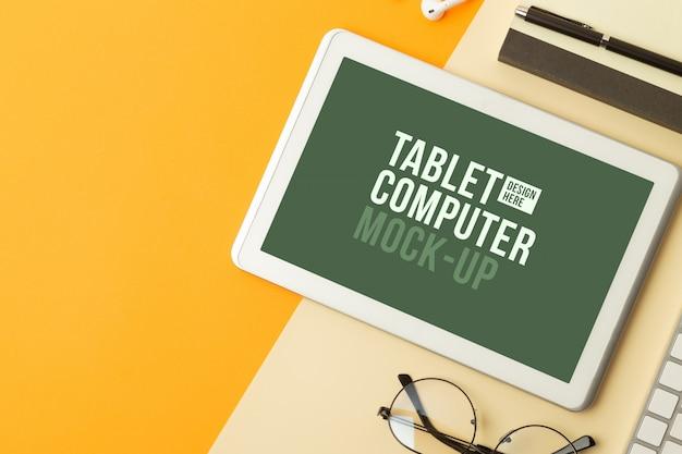 Widok z góry makiety interfejsu tabletu