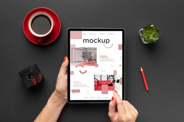 Widok z góry makiety koncepcji biurka