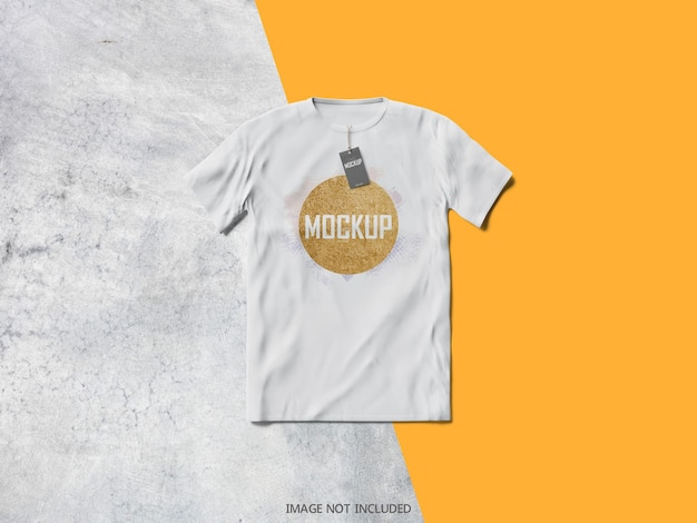 Widok z góry na makietę białej koszulki