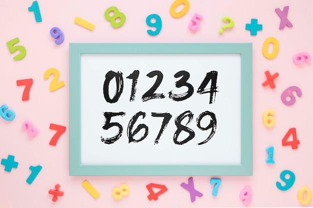 Widok z góry ramki z numerami