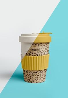 Widok z przodu filiżanki kawy