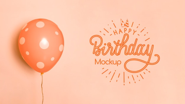 Widok z przodu urodzinowych makiet balonów