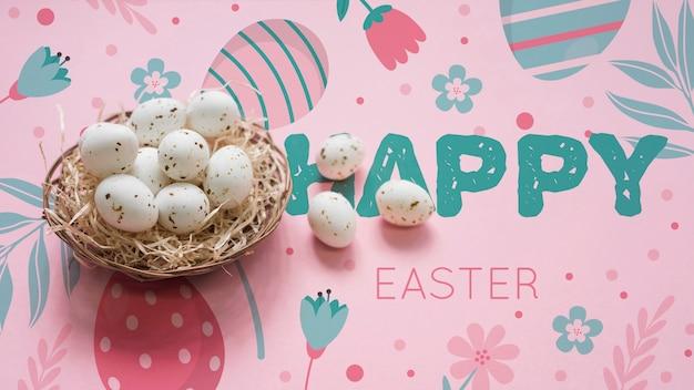 Wielkanocna makieta z koszykiem jaj