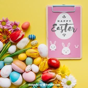 Wielkanocna makieta ze schowka