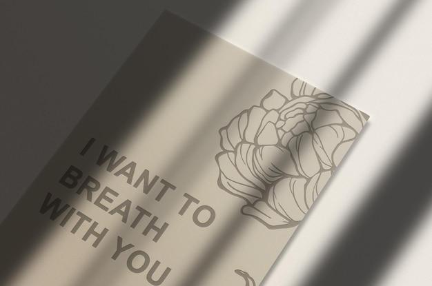 Wytłoczona pojedyncza papierowa makieta