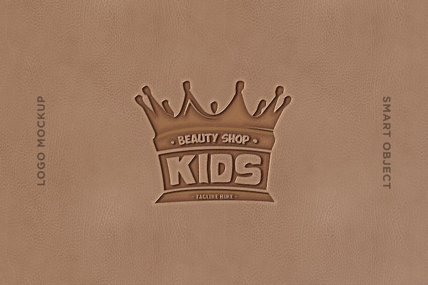 Wytłoczone logo makiety z brązową skórą-3