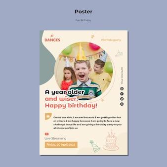 Zabawne urodziny z szablonem plakatu ze zdjęciem