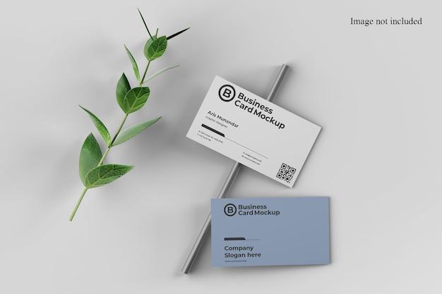 Zamknij się na makiecie minimalistycznej wizytówki