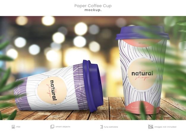 Zamknij się na makieta papierowa filiżanka kawy