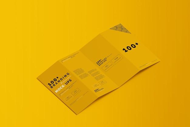Zamknij się na opakowaniach makiet broszur four fold dl
