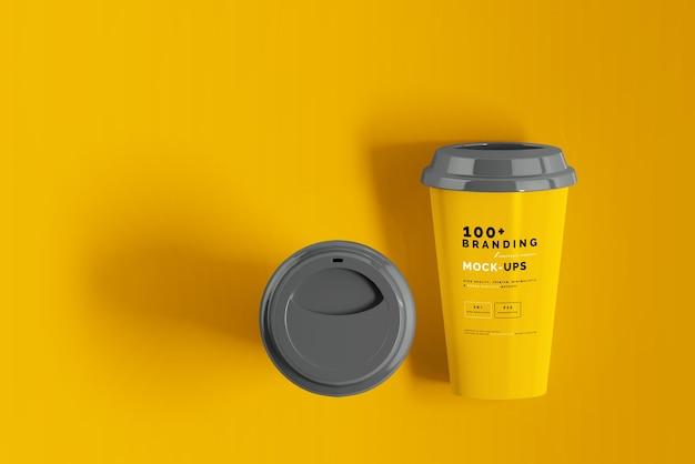 Zamknij się na opakowaniu makieta filiżanki kawy
