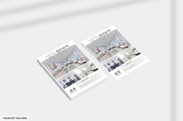 Zamknij się na ulotce lub broszurze dotyczącej makiety nieruchomości