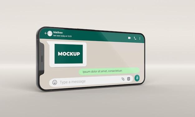 Zbliżenie na czacie makiety telefonu
