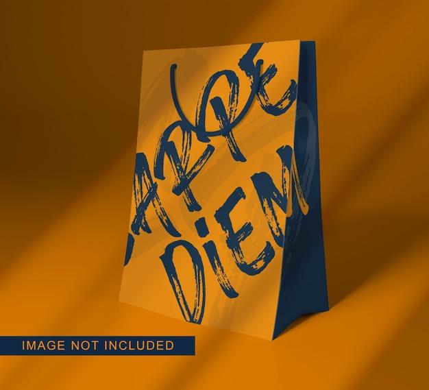 Zbliżenie na projekt makiety papierowej torby