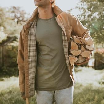 Zielona koszulka makieta psd moda miejska męska