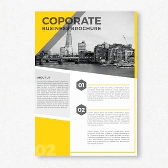 Żółty szablon broszura korporacyjna